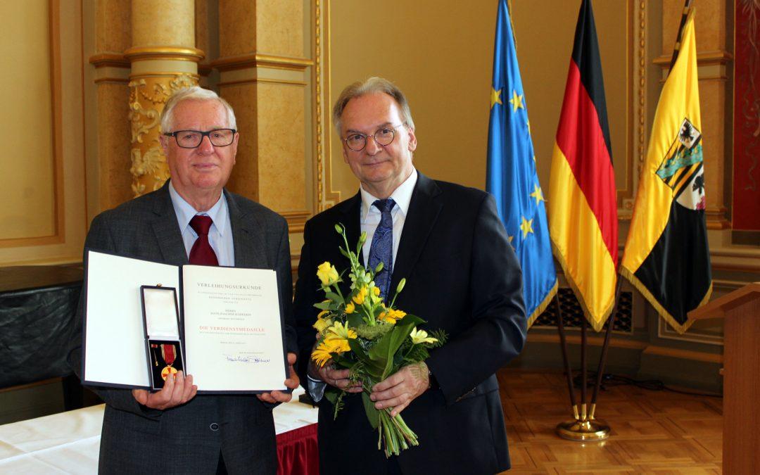 Verdienstmedaille des Bundes für Hans-Joachim Schwerin